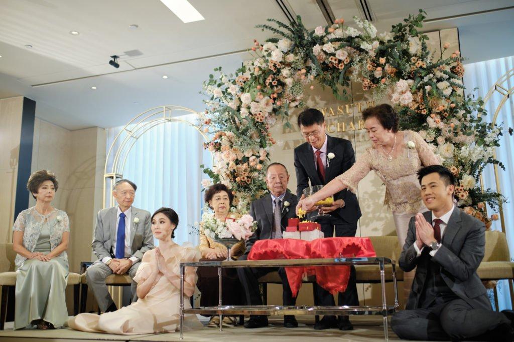Park Hyatt Bangkok Engagement PlubTee_103