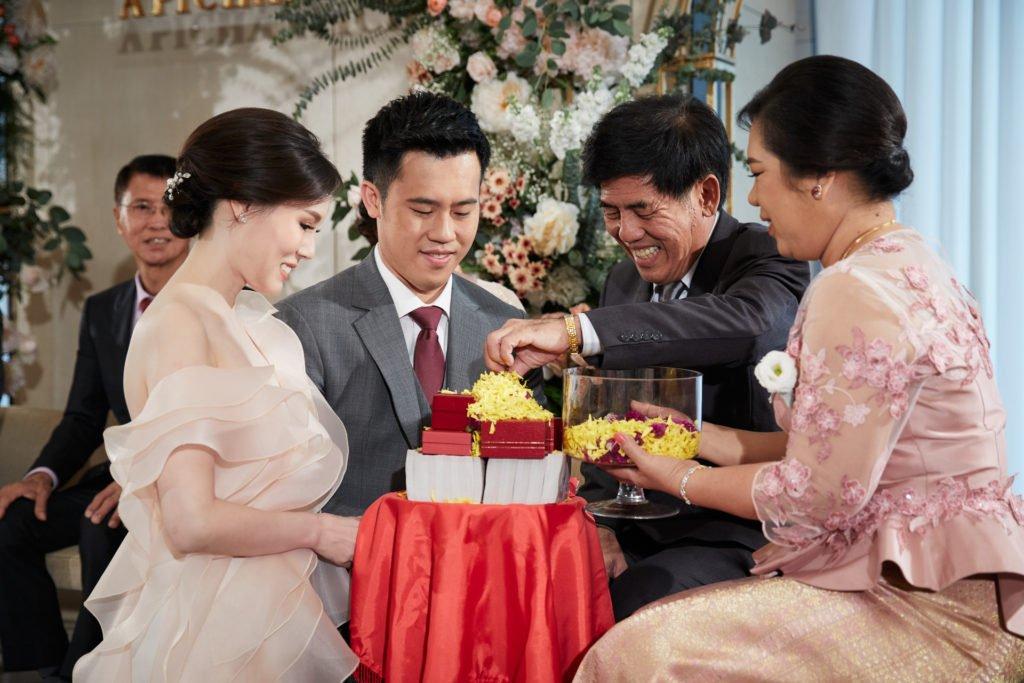 Park Hyatt Bangkok Engagement PlubTee_106