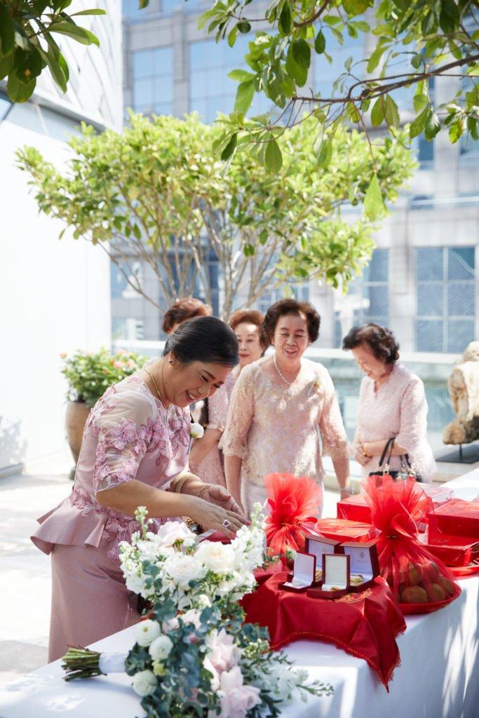 Park Hyatt Bangkok Engagement PlubTee_49