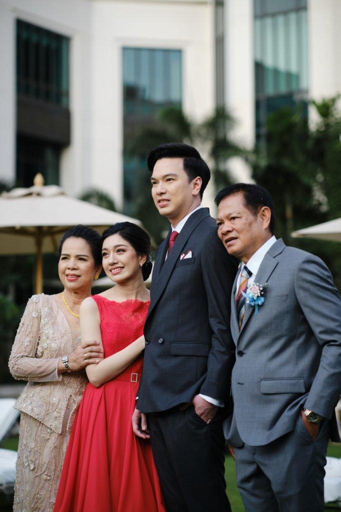 The Peninsula Bangkok Engagement LhinArt_10