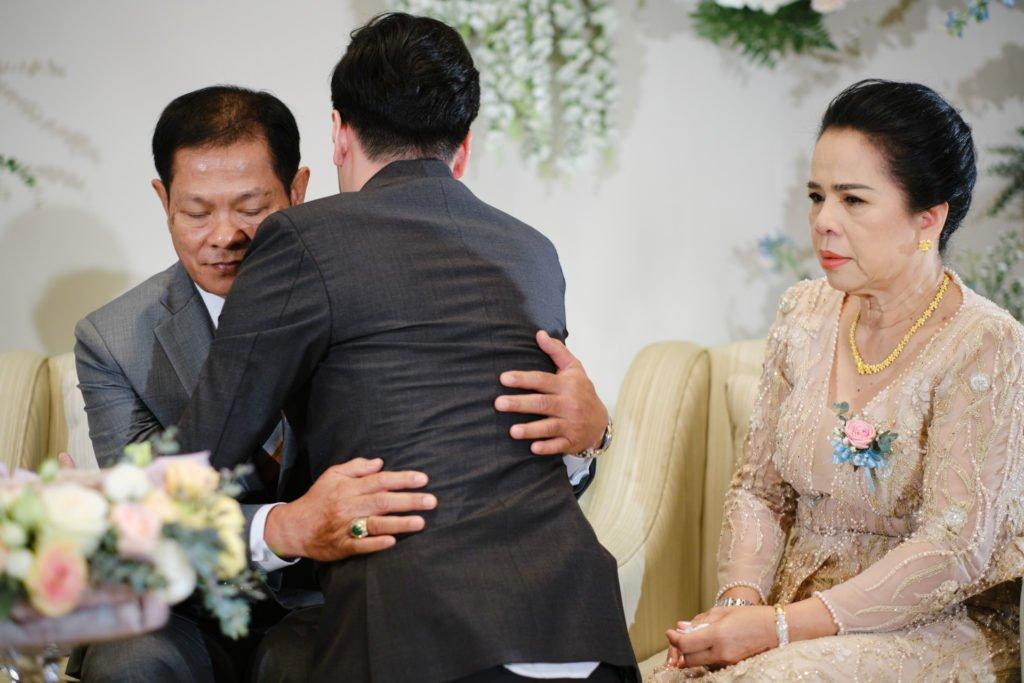 The Peninsula Bangkok Engagement LhinArt_110