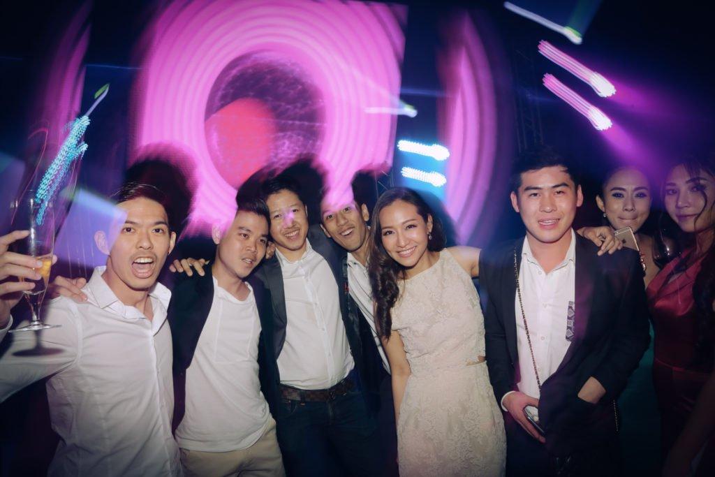 W hotel Party PrangToon_119