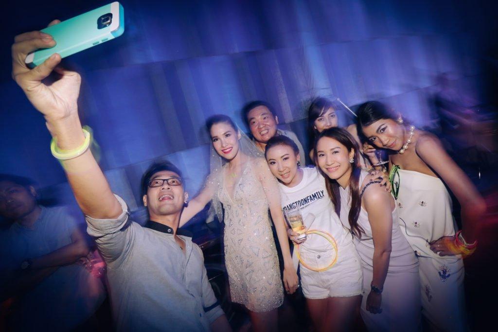 W hotel Party PrangToon_122