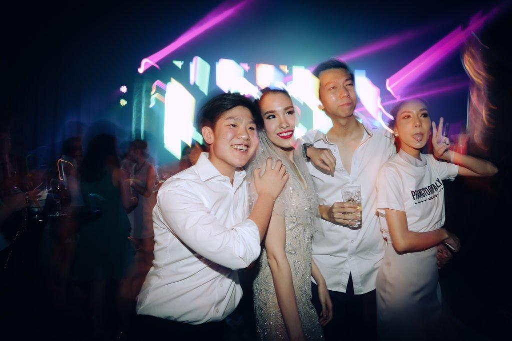 W hotel Party PrangToon_124
